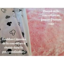 Couverture fourrure rose doublée avec prénom et motif