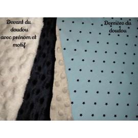 Doudou minky (doublure bleu étoiles) avec prénom et motif
