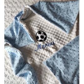 Couverture doublée avec prénom et motif (doublure bleu étoiles)