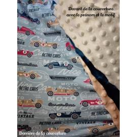 Couverture doublée avec prénom et motif (doublure voitures)