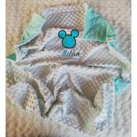 Couverture doublée avec prénom et motif (doublure menthe Mickey)