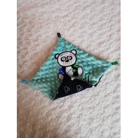 Doudou minky (doublure Mickey navy) avec prénom et motif